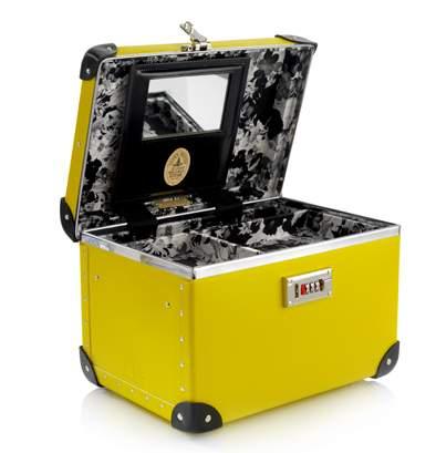 Globe-Trotter Beautycase gelb