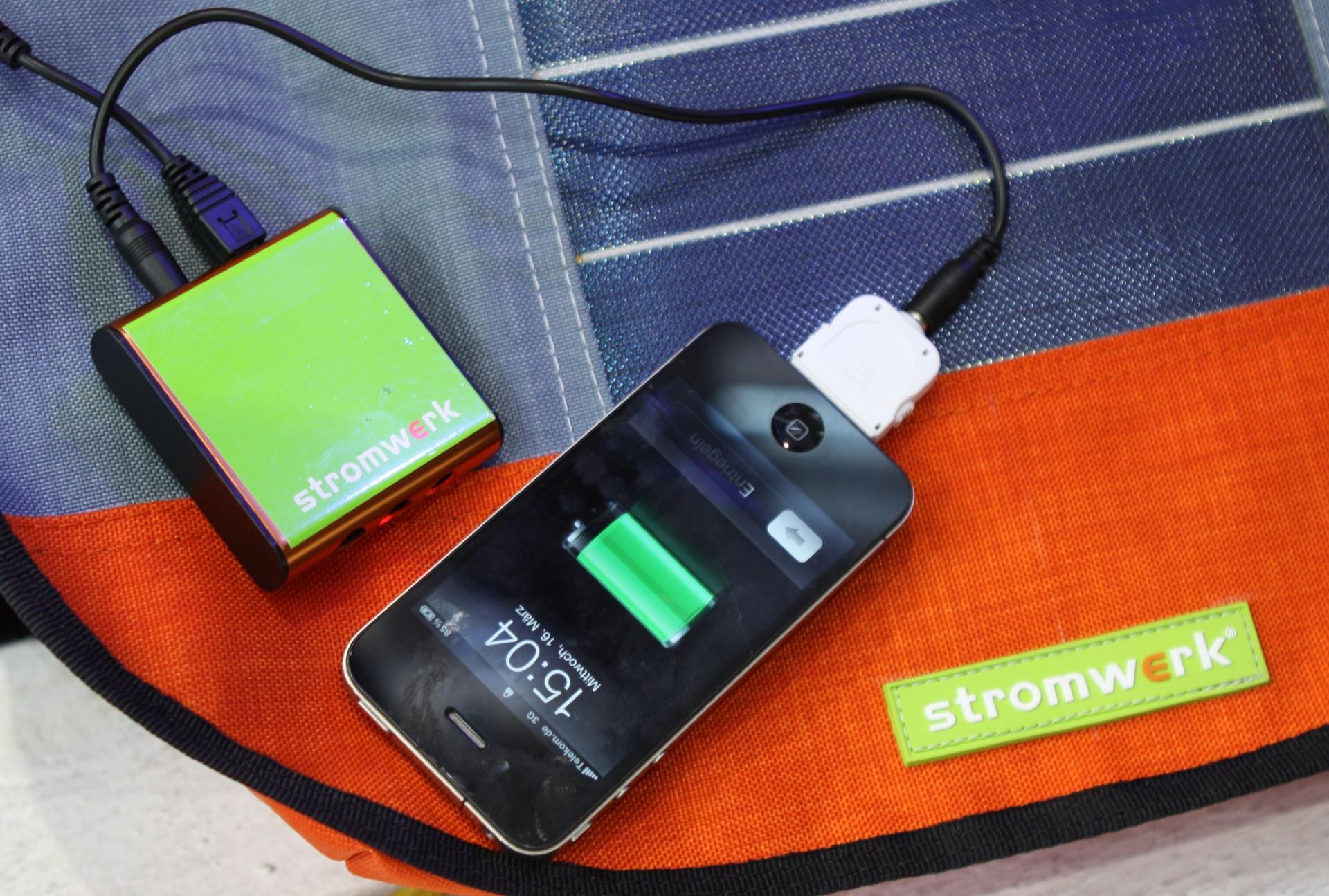 Stromwerk Tasche mit iPhone